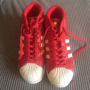 🎉HP! Red Adidas